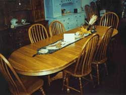 Amish Custom Made Oval Table with 6 Leaves