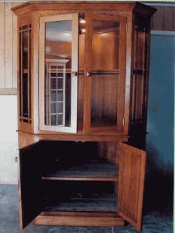 Amish Custom Made Oak Corner Hutch with Wings