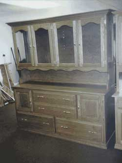 Amish Custom Made Oak Open Four Door Hutch with Scalloped Opening